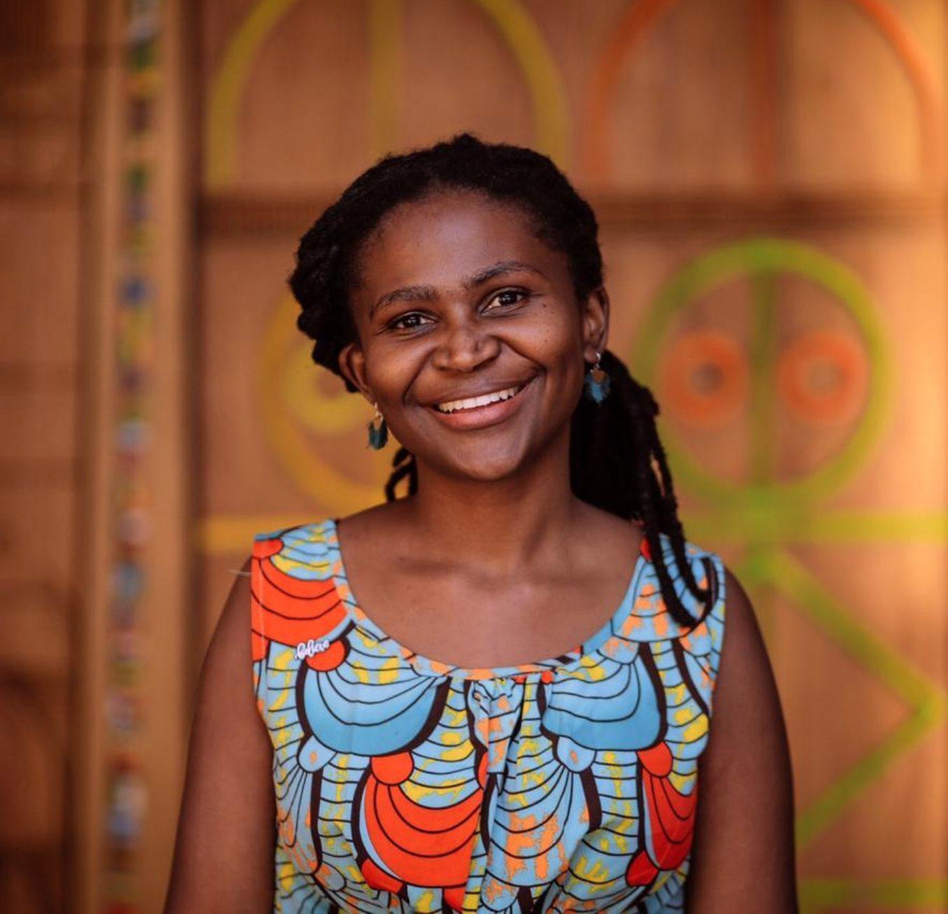 Lusanda ajuda jovens carentes na África com ONG Fábrica dos Sonhos