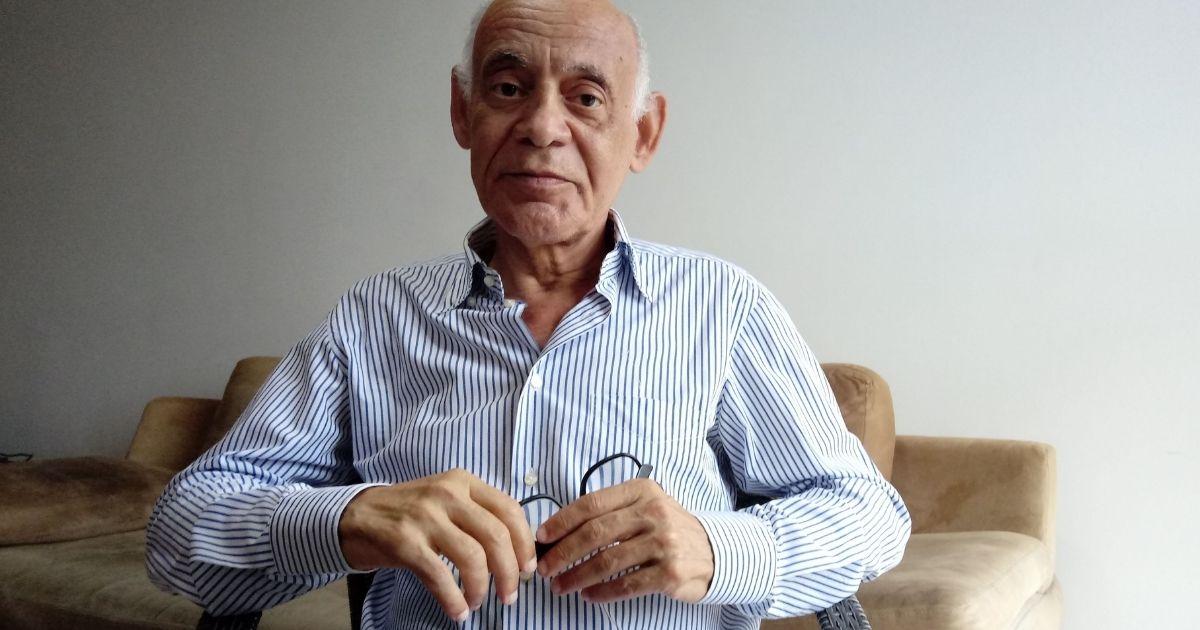 Senhor de 65 anos perde emprego e dá a volta por cima oferecendo cursos 100% online