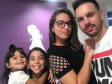 selfie mãe pai e filhas