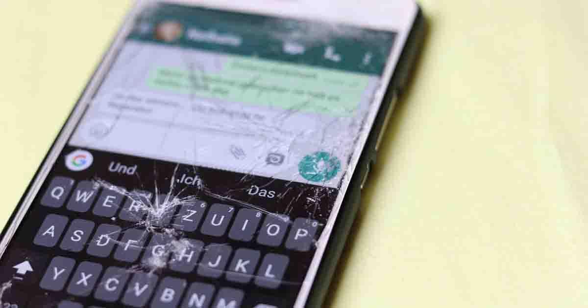 celular tela quebrada