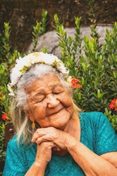 idosa 101 anos sessão de fotos