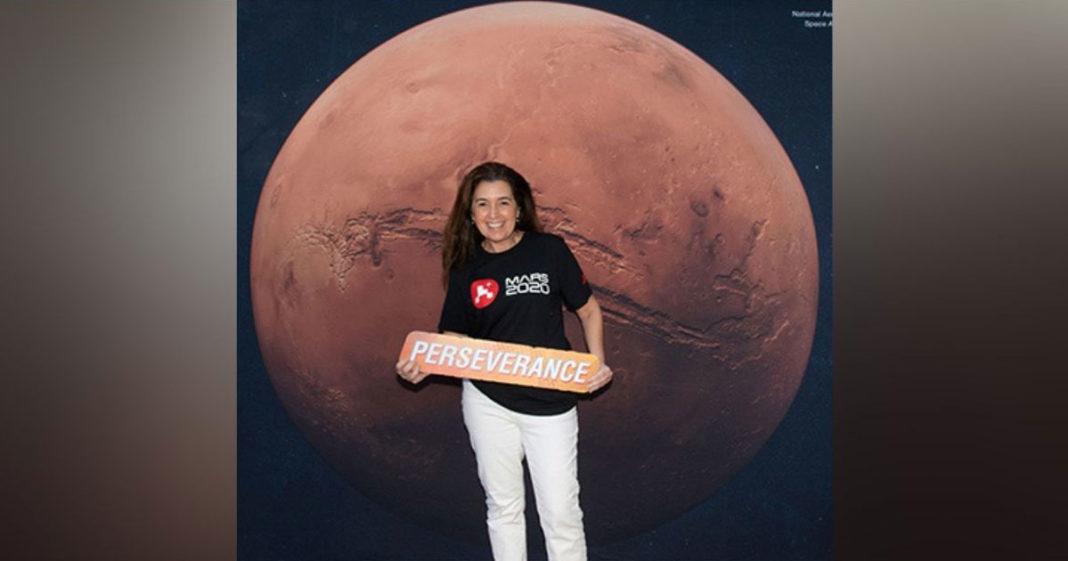 Jackie Lyra em foto de divulgação da NASA
