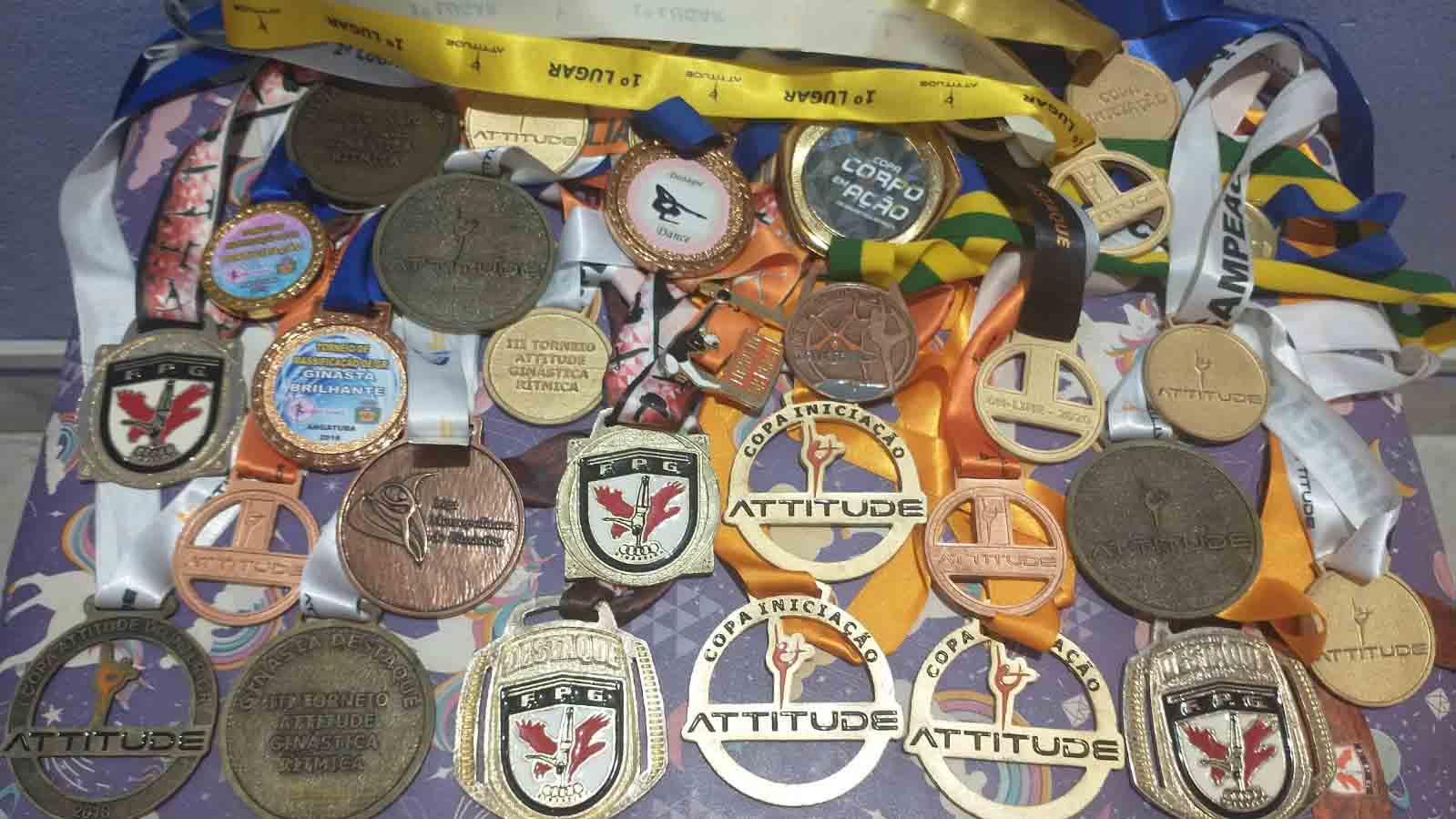 medalhas que a ginasta Lavínia ganhou durante a vida