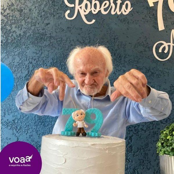 idoso celebra aniversario 79 anos