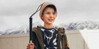Ashton provou para todos que ser uma criança cega não te impossibilita de fazer o que quiser