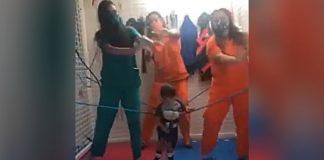 Criança paralisia cerebral dança ajuda terapeutas
