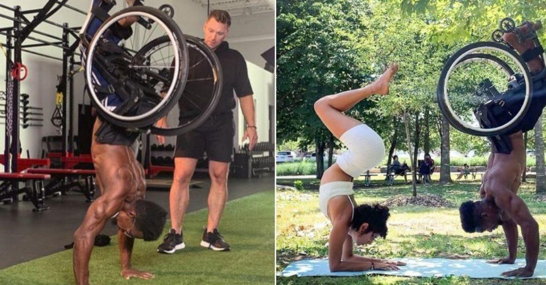 homem faz exercícios em cadeira de rodas
