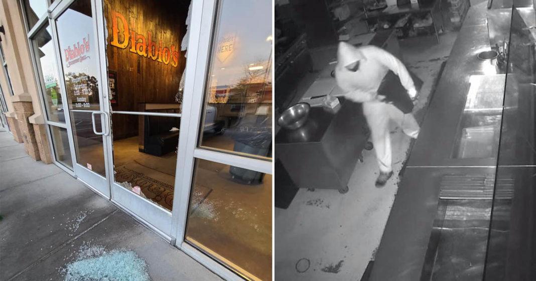 assaltante rouba caixa registradora restaurante