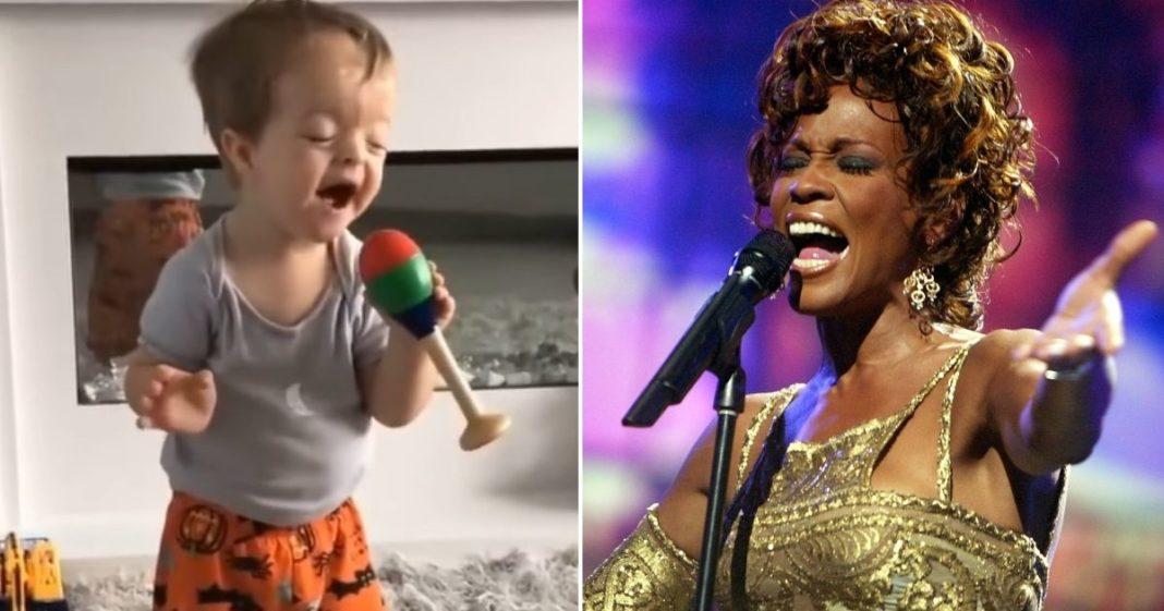 menino dubla Whitney Houston