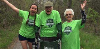 idosos doam caridade