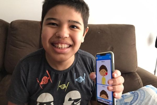 app ajuda pessoasl com autismo a se comunicarem