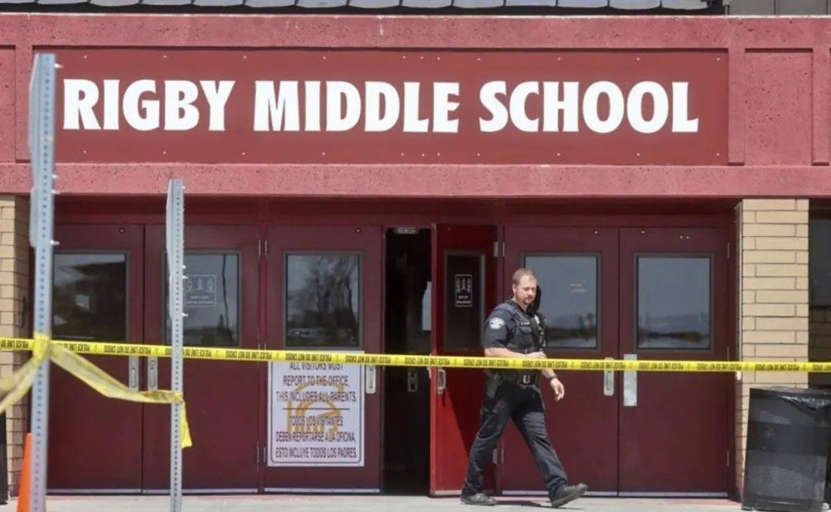 escola fechada após aluna disparar arma fogo