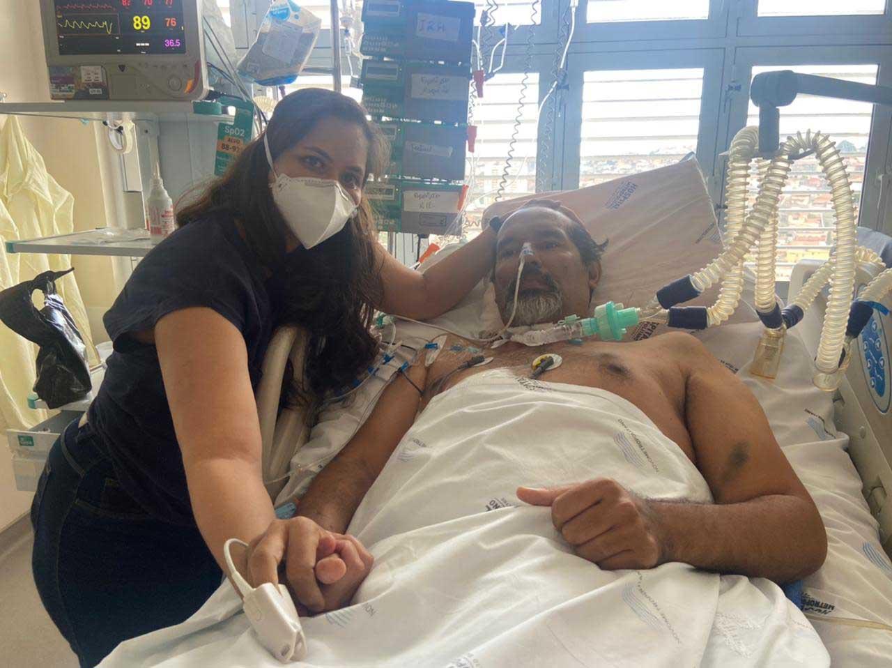esposa lado marido internado hospital covid-19