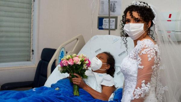 Noiva em ensaio com mãe internada