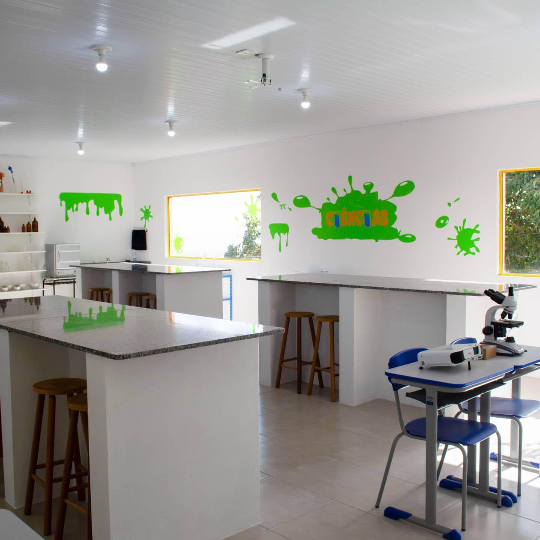 sala laboratório de ciências