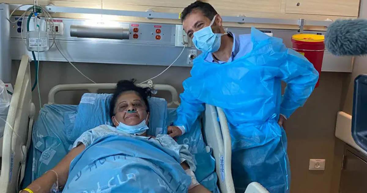 mulher árabe cama hospital pós-transplante rim doado judeu