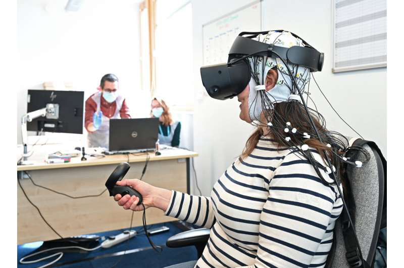 paciente testa realidade virtual aliviar dores crônicas