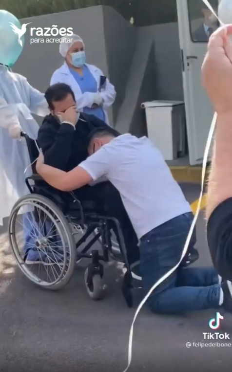homem vence covid surpreendido com festa alta hospitalar