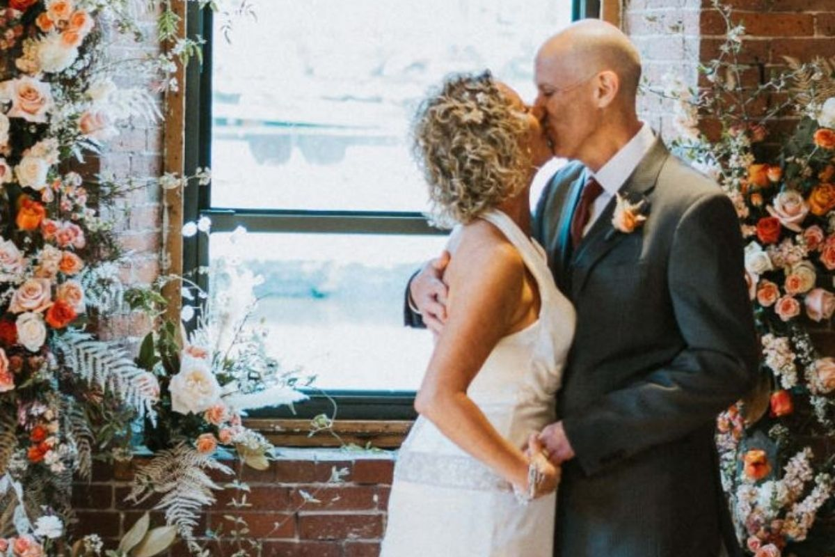 homem alzheimer se apaixona mulher casamento