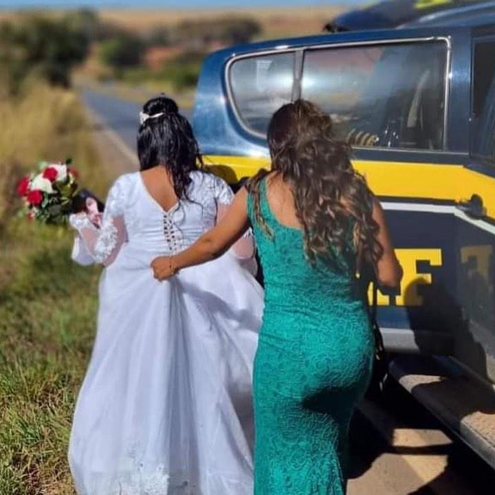 noiva recebe ajuda prf casamento carro quebrou