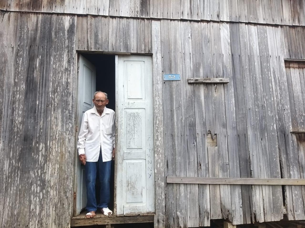 vaquinha voaa idoso vendedor de doces casa reformada