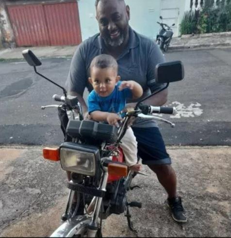 vaquinha voaa motoboy atacado por porco em Franca