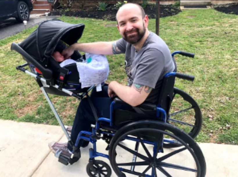 alunos constroem cadeira de rodas marido professora deficiente