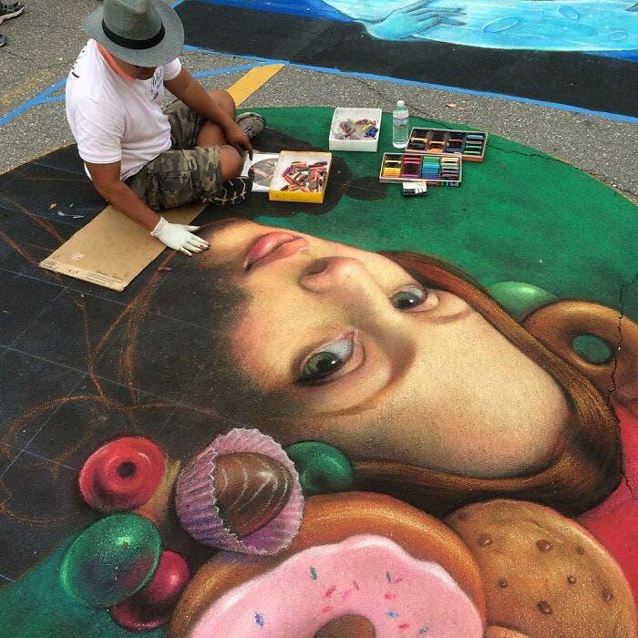 artista vietnamita obras e arte calçadas giz de cera