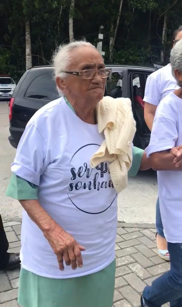 idosa realiza sonho conhecer cristo redentor