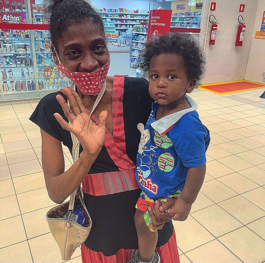 dentista faz feira compras mãe chorava mercado