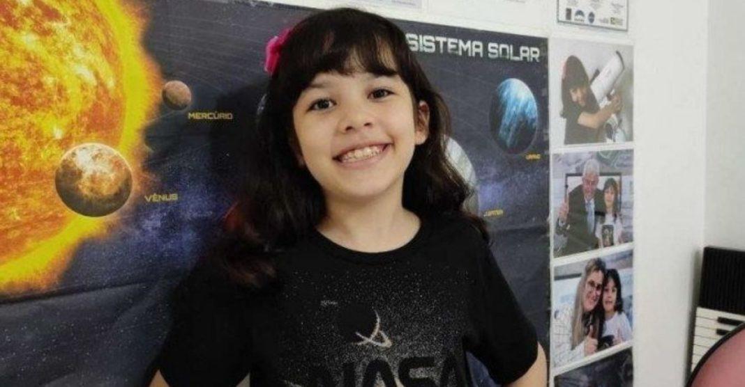 menina integra programa da NASA descobre asteroides em casa