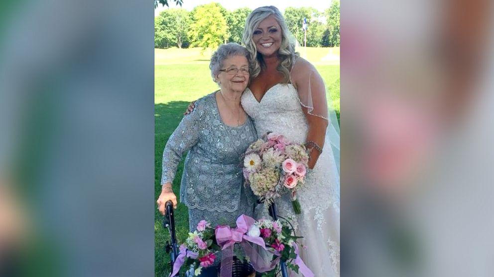 vovó florista dama de honra casamento neta