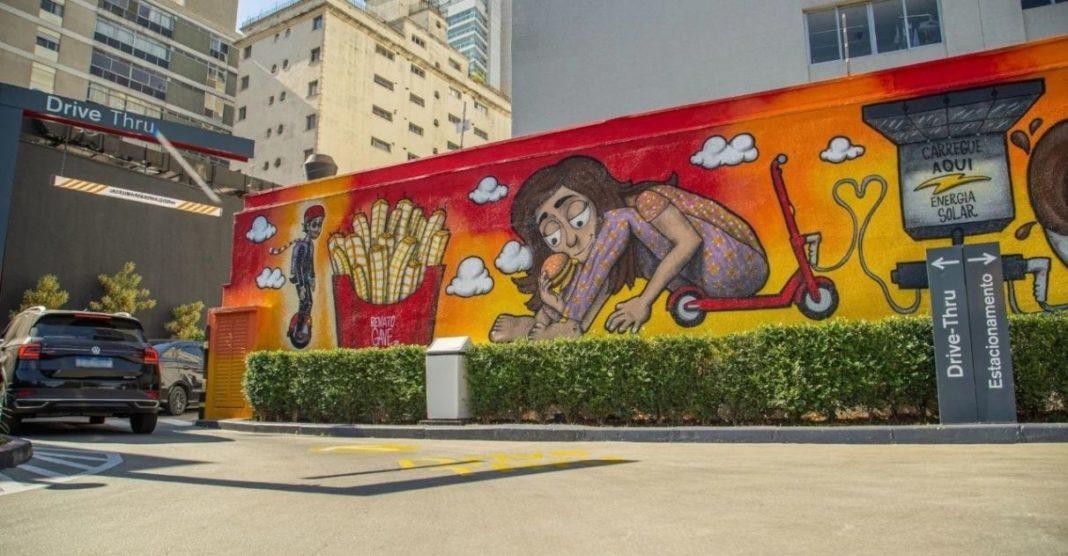 grafiteiros brasileiros transformam fachada restaurantes mcdonalds