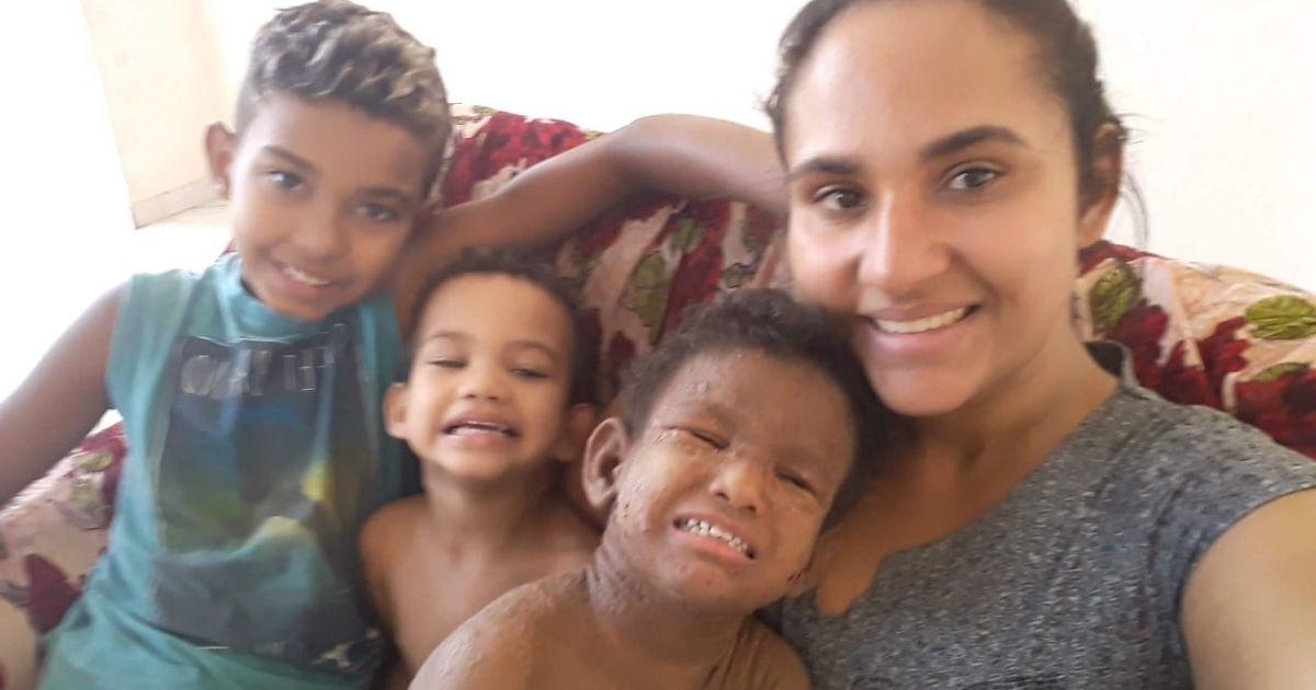 vaquinha voaa criança doença rara benefício roubado