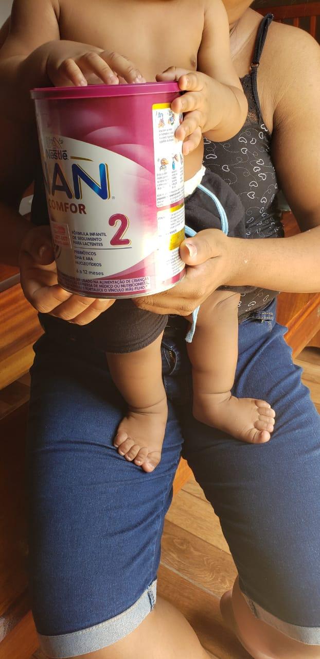 vaquinha voaa menina leva leite mãe hiv amamentar filhos