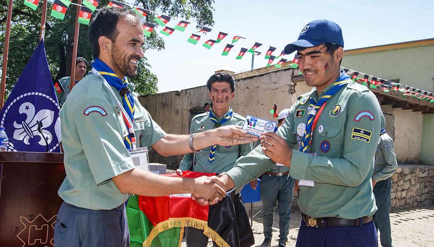 ativistas levam escotismo crianças afeganistão