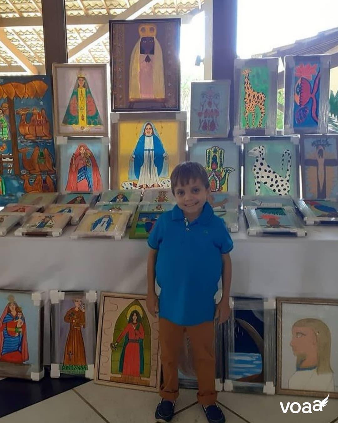 voaa mãe lança livro pinturas quadros filho falecido