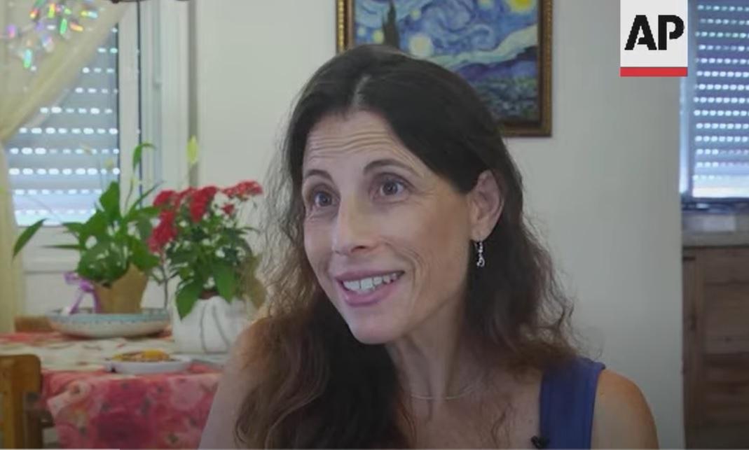 professora israelense doa rim para menino palestino