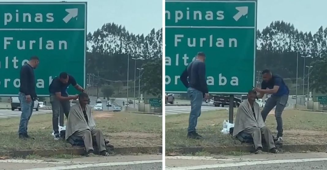 motoboy para em rodovia cortar cabelo morador de rua